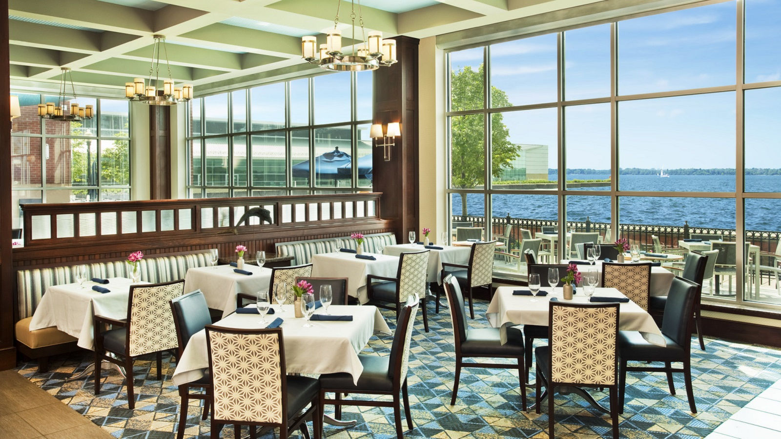 Erie Hotel Features - Dining